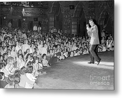 Elvis Presley In Concert At The Fox Theater Detroit 1956 Metal Print