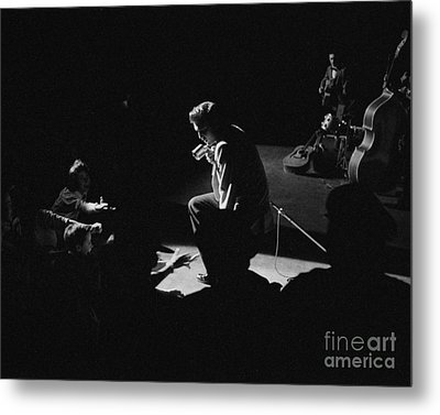 Elvis Presley On Stage At The Fox Theater In Detroit 1956 Metal Print by The Harrington Collection