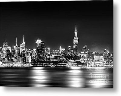 Empire State At Night - Bw Metal Print