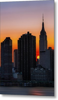 Empire State Building Sunset Metal Print by Susan Candelario