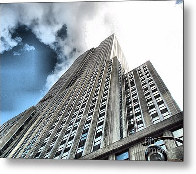 Empire State Building - Vertigo In Reverse Metal Print by Luther Fine Art
