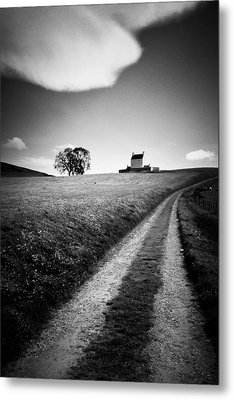 En Route To Corgarff Castle Metal Print