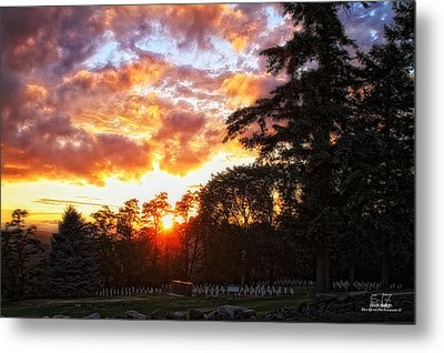 End Of Day In Time Metal Print by Dan Quam