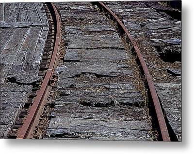 End Of The Line Metal Print by Garry Gay