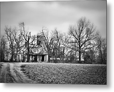 End Of The Road Farmhouse In Bw Metal Print