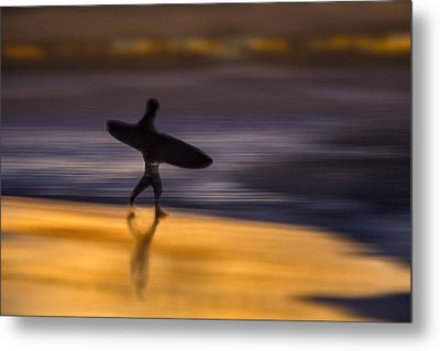 Metal Print featuring the photograph Enter The Surf  73a0146 by David Orias