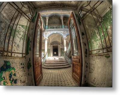 Entrance Of Beauty Metal Print by Nathan Wright