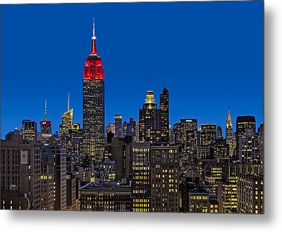 Esb Surrounded By The Flatiron District Metal Print by Susan Candelario