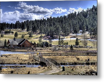 Evergreen Colorado Lakehouse Metal Print by Ron White