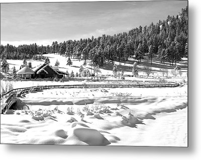 Evergreen Lake House In Winter Metal Print by Ron White