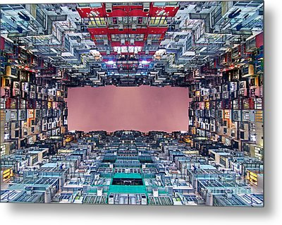 Extreme Housing In Hong Kong Metal Print by Lars Ruecker