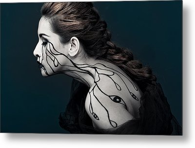 Eye To Eyes Metal Print