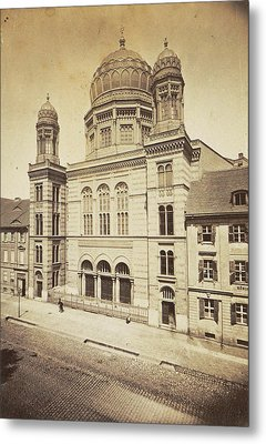 Facade And Dome Of The New Synagogue In Berlin Metal Print