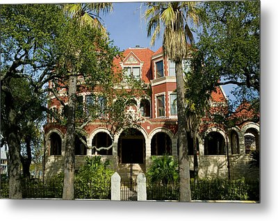 Facade Of A Museum, Moody Mansion Metal Print by Panoramic Images