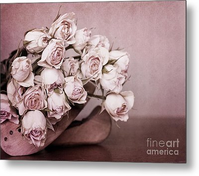 Fade Away Metal Print by Priska Wettstein