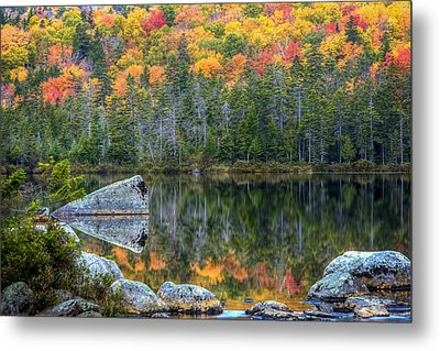 Fall At Sandy Stream Pond Metal Print by Dave Cleaveland