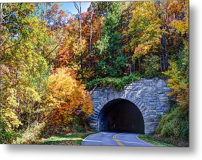 Fall On The Parkway Metal Print