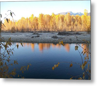 Metal Print featuring the photograph Fall Reflection 2 by Jewel Hengen