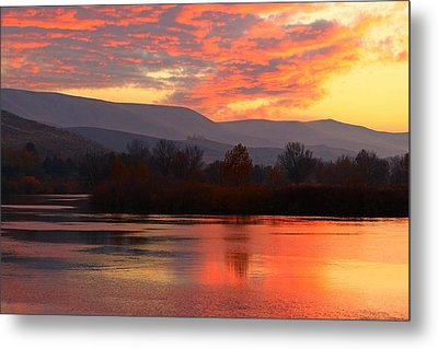 Metal Print featuring the photograph Fall Sunset by Lynn Hopwood