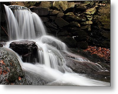 Falls At Melville Metal Print by Andrew Pacheco