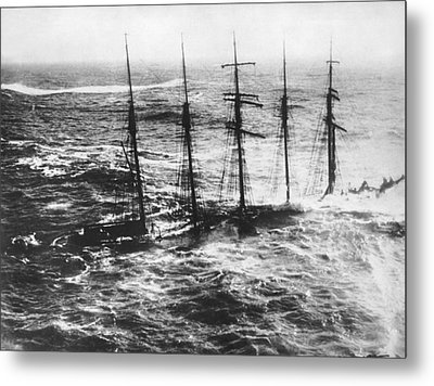 Falmouth England Shipwreck Metal Print by Underwood Archives