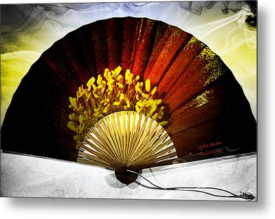 Fan Metal Print by Itzhak Richter