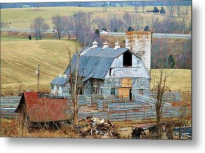 Farm In Virginia Metal Print by Cynthia Guinn