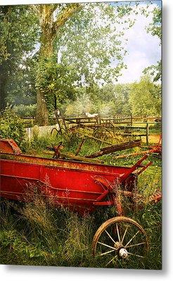 Farm - Tool - A Rusty Old Wagon Metal Print by Mike Savad
