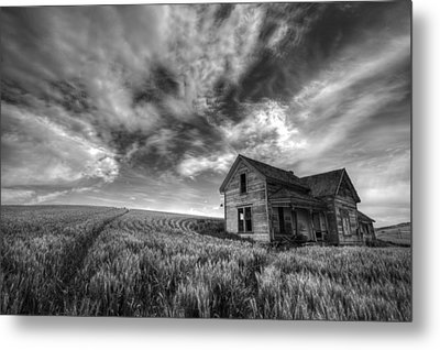 Farmhouse B And W Metal Print by Latah Trail Foundation
