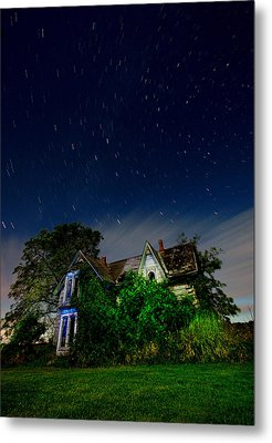 Farmhouse Star Trails.  Metal Print by Cale Best