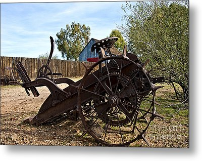 Farming Days Are Done Metal Print by Lee Craig