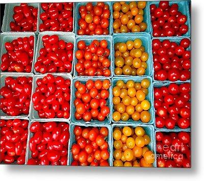 Farmstand Tomatos Metal Print by Ed Weidman