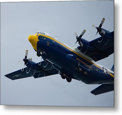Fat Albert Drawing Spirals Of Air Metal Print by Jose Oquendo