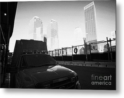 Fdny Fire Tender Parked Outside Rebuilt Reoccupied Engine 10 Ladder 10 Firehouse Liberty Street Metal Print