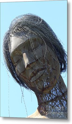 Female Sculpture On San Francisco Treasure Island 7d25445 Metal Print by Wingsdomain Art and Photography
