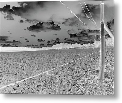 Metal Print featuring the photograph Fenced Inn Inverse by Tom Kelly