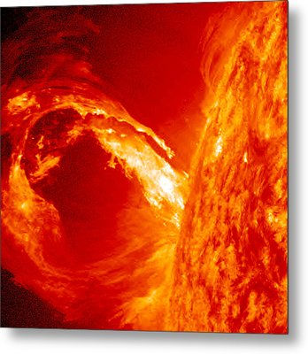 Fiery Plasma Loop Metal Print by Sunny Day