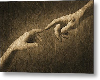 Fingers Almost Touching Metal Print by Don Hammond
