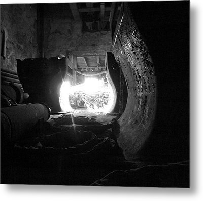 Fire In The Hole Bw Metal Print by Elizabeth Sullivan
