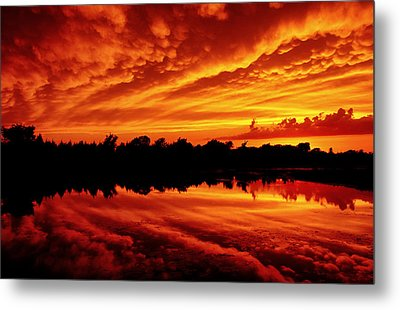 Fire In The Sky Metal Print by Jason Politte
