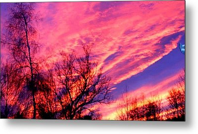 Fire In The Sky Metal Print by Randy Saragosa