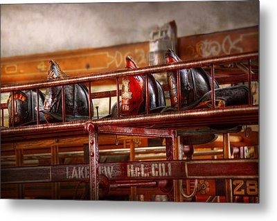 Fireman - Ladder Company 1 Metal Print by Mike Savad