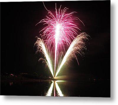 Fireworks At Cooks Metal Print by Donnie Freeman