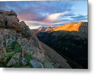 First Light On The Mountain Metal Print by Ronda Kimbrow