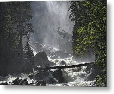 Metal Print featuring the photograph Fish Creek Mist by Don Schwartz