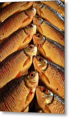 Metal Print featuring the photograph Fish For Sale by Henry Kowalski