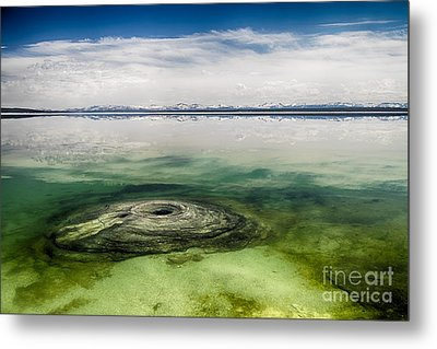 Fishing Cone Geyser Metal Print by Juergen Klust