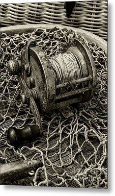 Fishing - That Old Fishing Reel In Black And White Metal Print by Paul Ward
