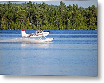 Metal Print featuring the photograph Float Plane Landing On The Lake by Barbara West