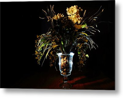 Metal Print featuring the photograph Floral Arrangement by David Andersen